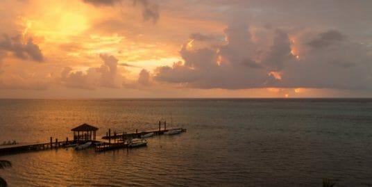 Grand Caribe Condo 3BR Oceanfront : H7