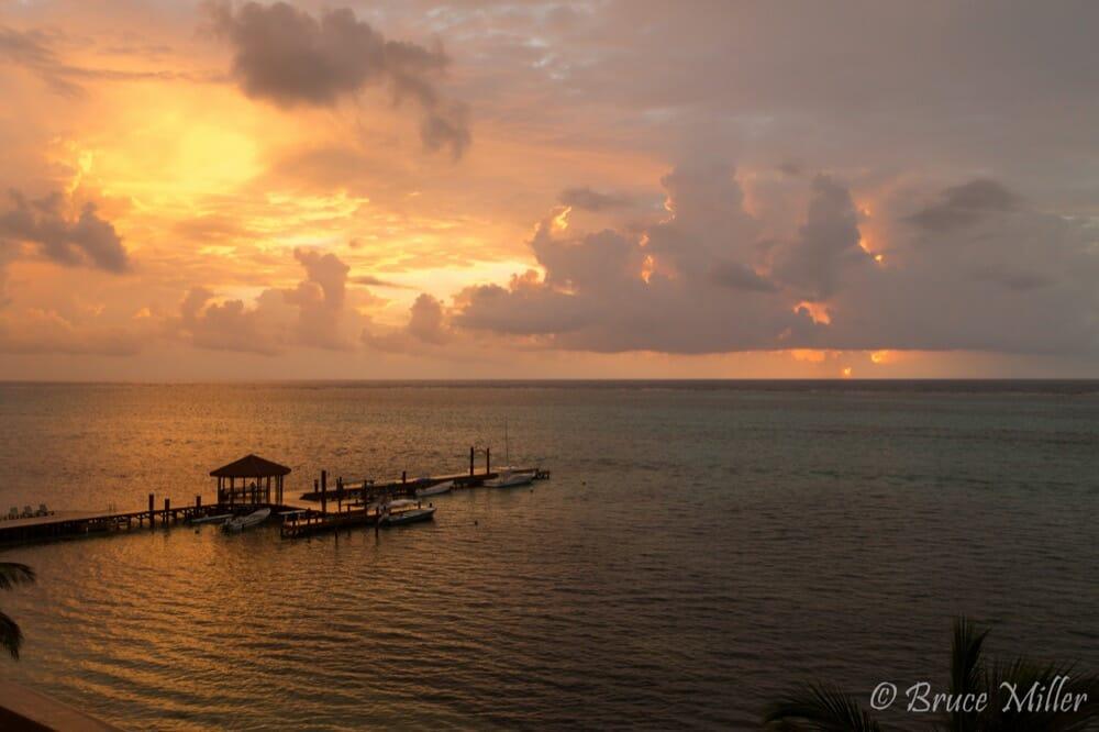 Grand Caribe Condo 3BR : H9