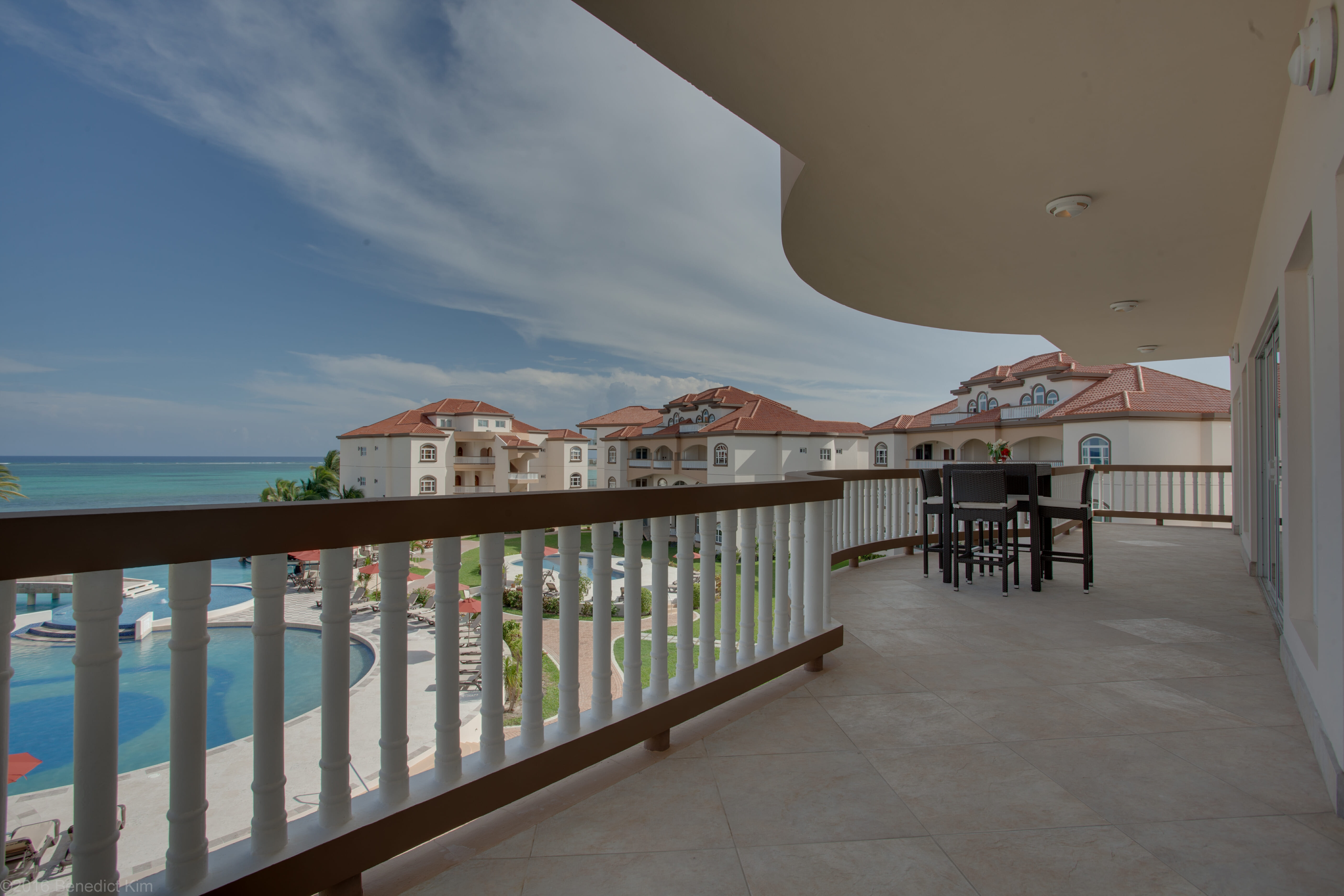 Grand Caribe – 1BR Penthouse
