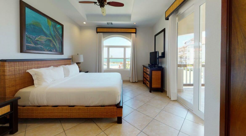 Grand-Caribe-E6-Bedroom
