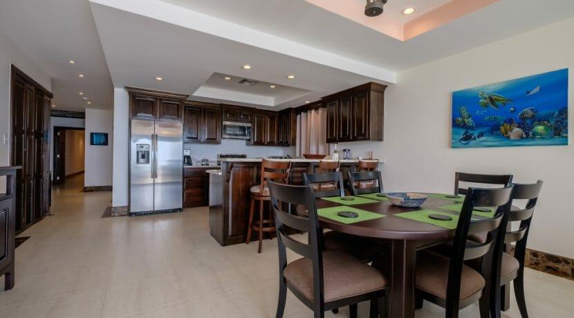15 Belvoir South 2-4 Living Area