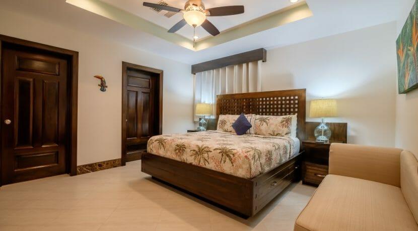 25 Belvoir South 2-4 Master Bedroom