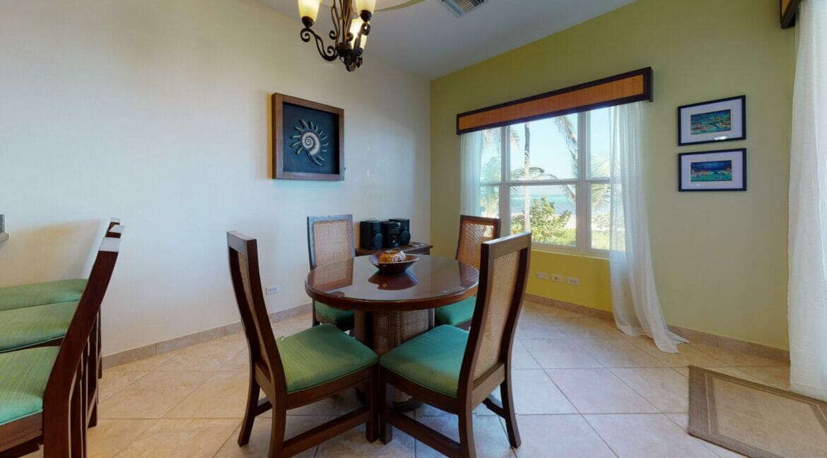 Grand-Caribe-Ocean-Front-A2-Dining-Room