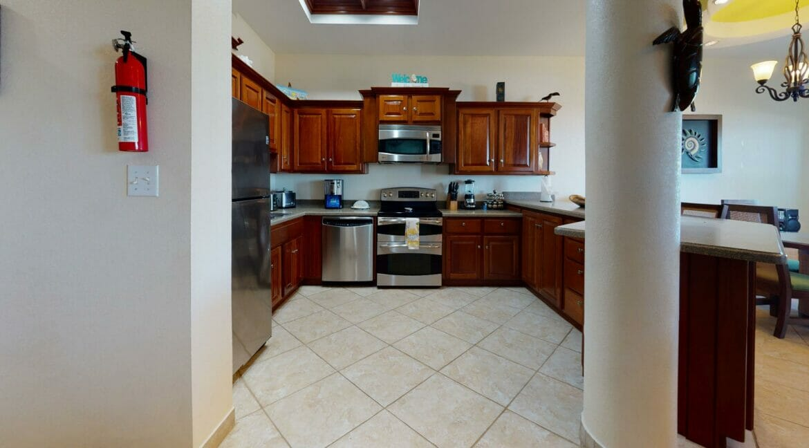 Grand-Caribe-Ocean-Front-A2-Kitchen